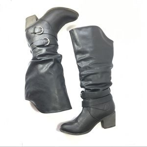 Journee Collection Black slouchy boots size 9